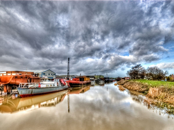 River Hull (Lee Bailey, Flickr: http://bit.ly/9y0yjg)